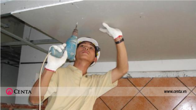 Thi công lắp đặt tấm thạch cao khoan tấm trên trần chìm