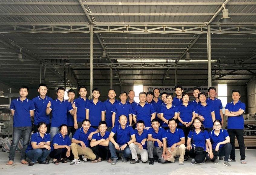 Công nhân Xưởng gỗ nội thất cao cấp tại Hà Nội
