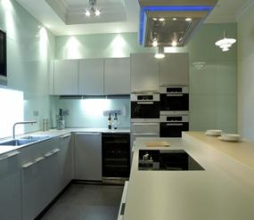 Mẫu-kính-mầu-trắng-sữa-ốp-bếp  www.centa.vn