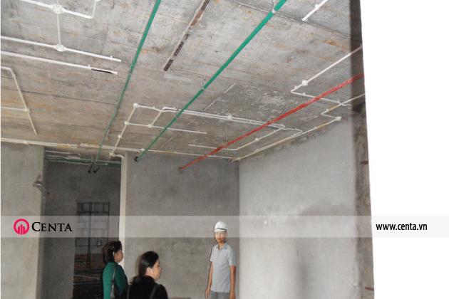 Thi công điện nhẹ văn phòng, đường ống điện trần