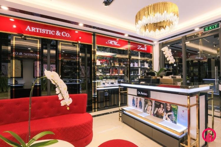 Tủ kệ kính trưng bày mỹ phẩm Hàn Quốc