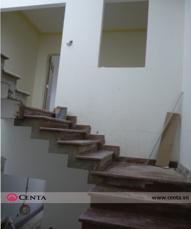 01o.-Cau-thang-lat-da-hoa-cuong    www.centa.vn.jpg