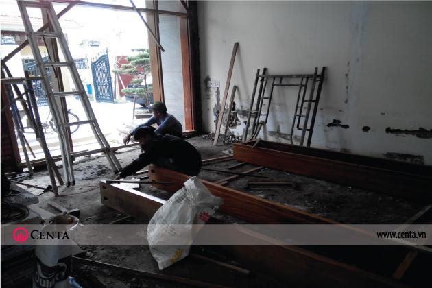 28.-Thi-cong-cua-go-4-canh www.centa.vn