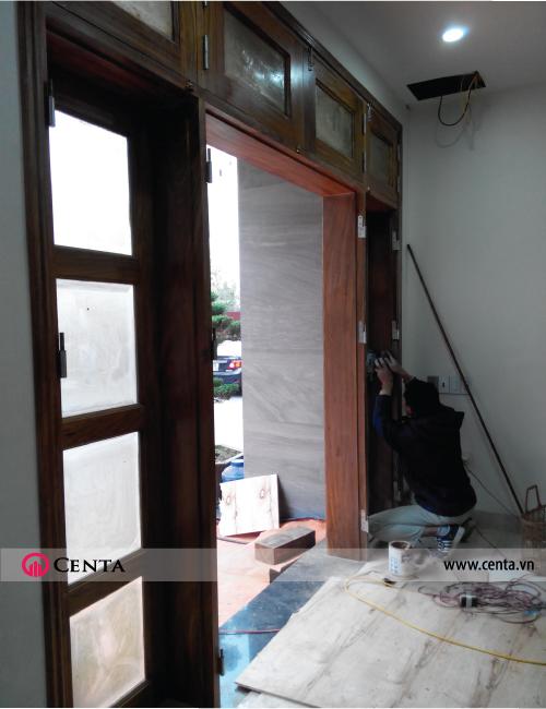cải tạo sửa chữa cửa chính gỗ lim