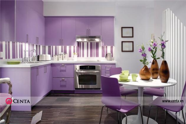 Phong cách tủ bếp đồng điệu với bộ bàn ghế ăn mang đến sự độc đáo cho ngôi nhà