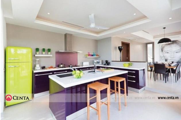 Màu tím này cũng là một trong những gam màu được dùng nhiều trong nhà bếp bởi nó mang lại cảm giác sạch sẽ