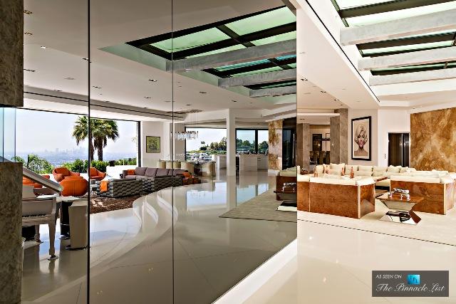 023-85-Million-Luxury-Residence-1181-North-Hillcrest-Beverly-Hills-CA