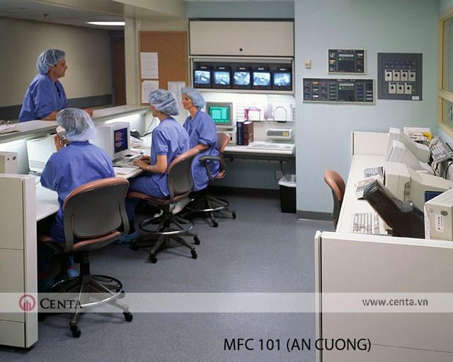 Nơi làm việc của bộ phận y tá và trực tại phòng khám