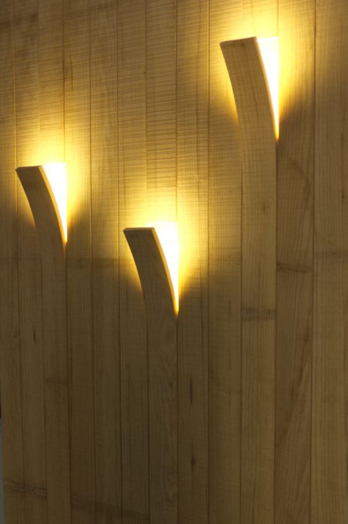 trang trí tường hoặc trần nhà theo nhiều cách sáng tạo, tại những vị trí khác nhau.
