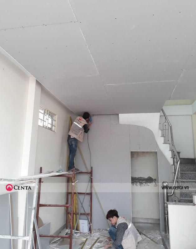 Thi công trần thạch cao 1