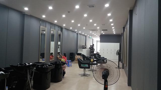 Hoan thien Noi that showroom