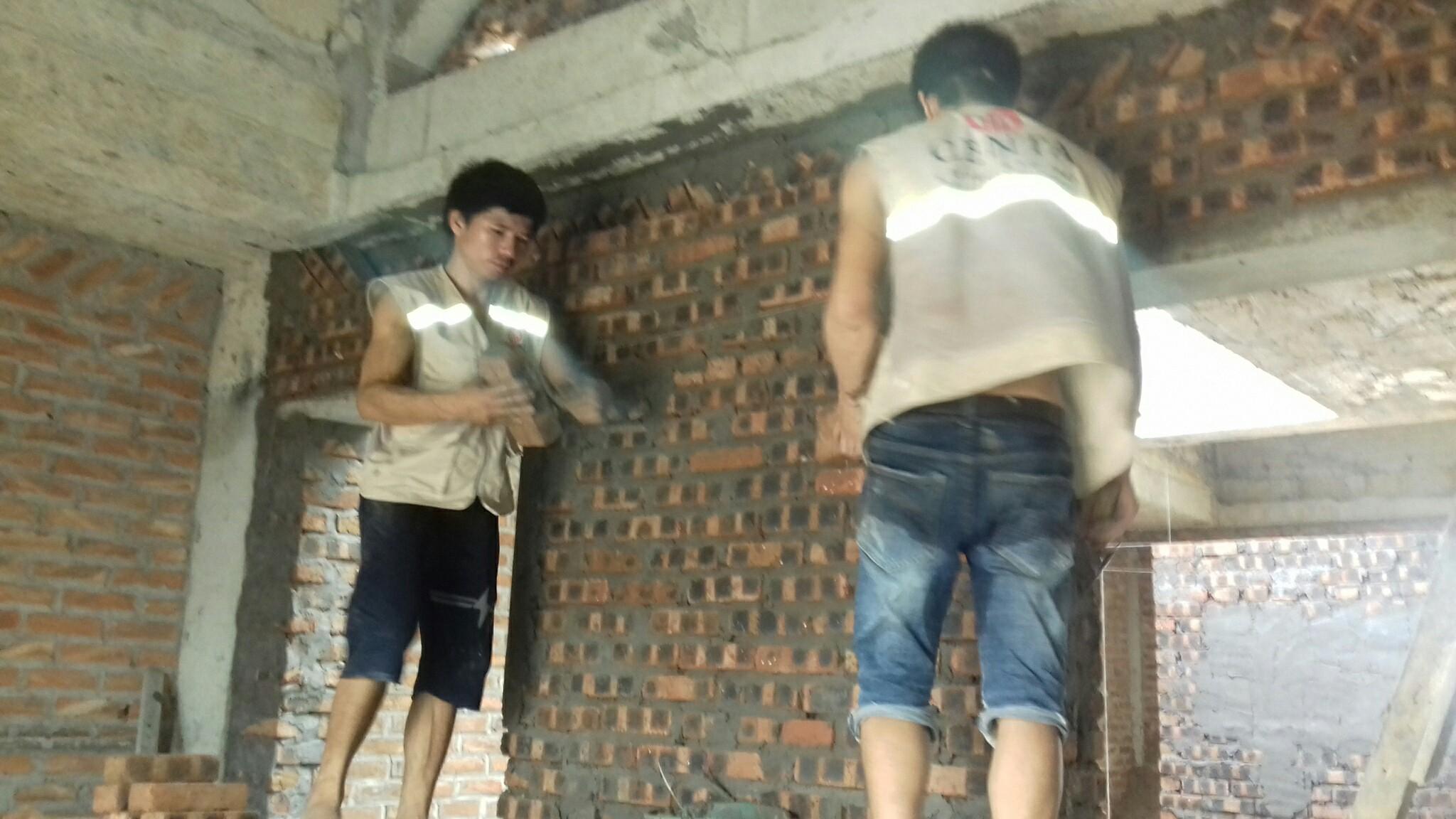 Đồng phục công nhân xây dựng nhà biệt thự đẹp