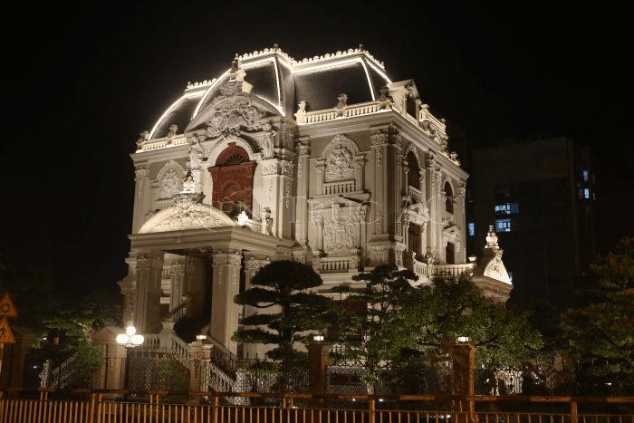 Biệt thự lâu đài Tổng Hải Sơn