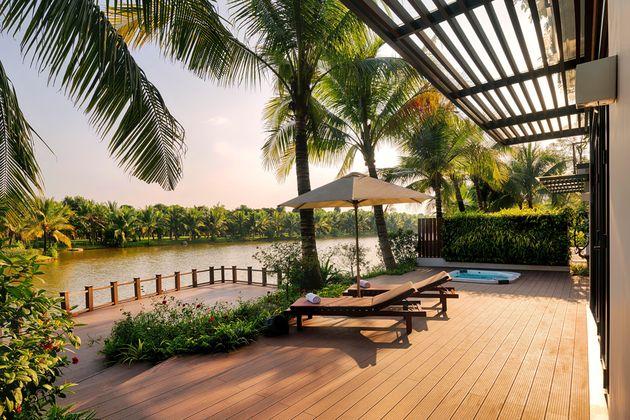 Thiết kế sân vườn cảnh quan biệt thự nhìn ra sông Ecopark