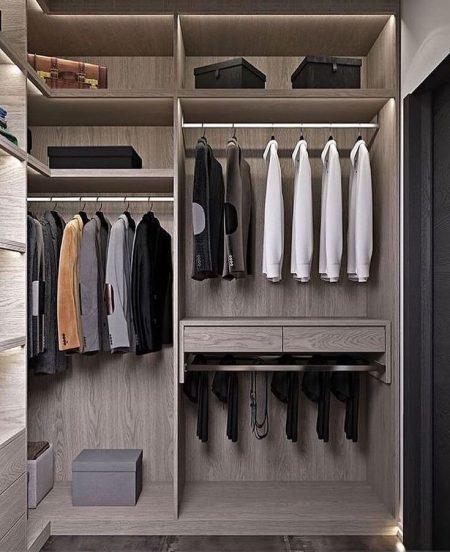 Tủ quần áo gỗ có cánh, thanh treo quần áo và hộc đựng phụ kiện