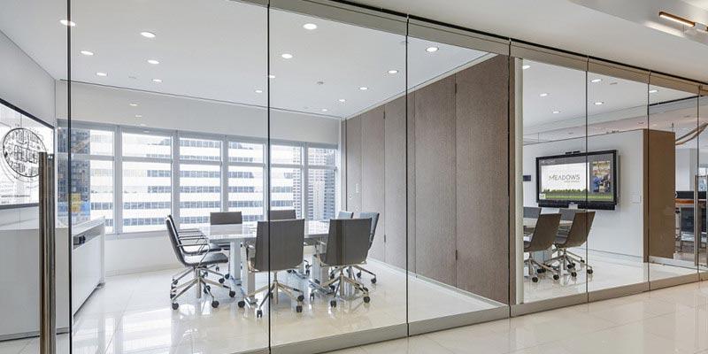 Thiết kế thoáng đãng cho văn phòng và phòng họp
